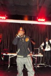 Maserati Deeder and Crew captures the audience with their performance at The Chi City Record Pool Showcase