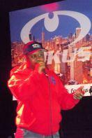 DJ Shaun T emceeing at The Chi City Record Pool Showcase