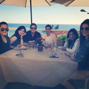 kardashian-sisters-bruce-jenner-lunch1